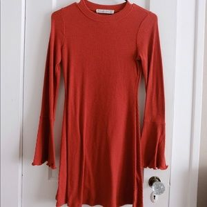 Abercrombie & Fitch Bell Sleeve dress